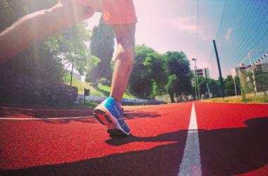 Come bruciare grassi: un allenamento adatto e un giusto apporto calorico