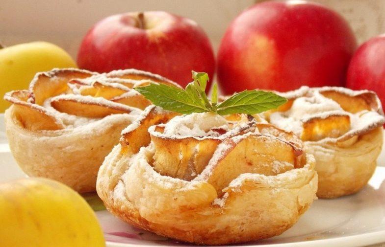 Rose di mele e pasta sfoglia: idee regalo per la festa delle donne