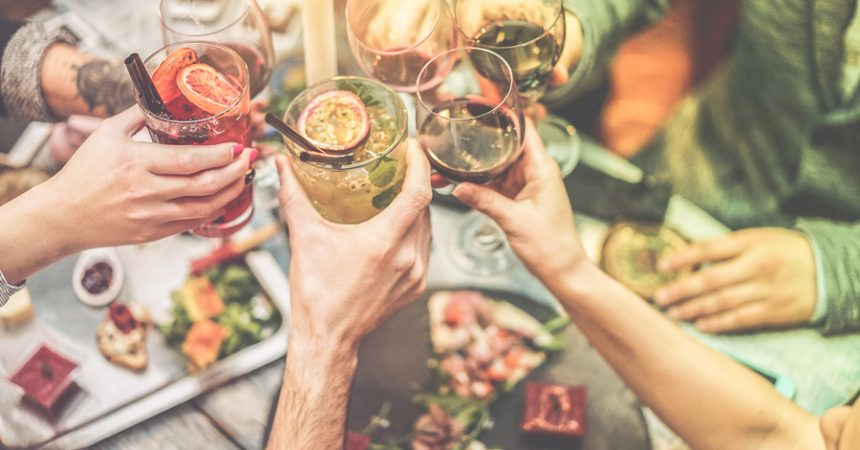 Aperitivo e ristorante: come mantenere la linea nel week end