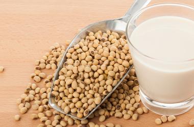 Il latte vegetale più antico al mondo: latte di soia