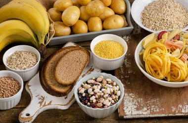 Mangiare i carboidrati dopo le 17.00 fa male?
