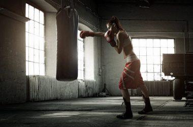 Kickboxing: rimettersi in forma e scaricare la tensione